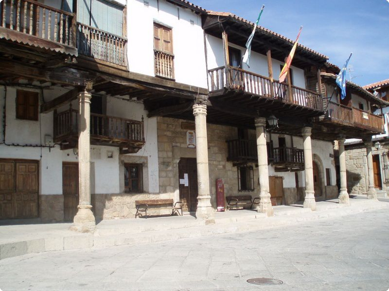 Plaza Valverde la Vera